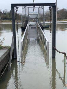 Treppe überflutet